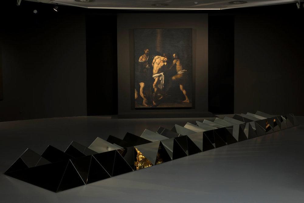 "Caravaggio ""Flagellation of Christ"" (1607) and Carla Arocha & Stéphane Schraenen ""Circa Tabac"" (2007)"