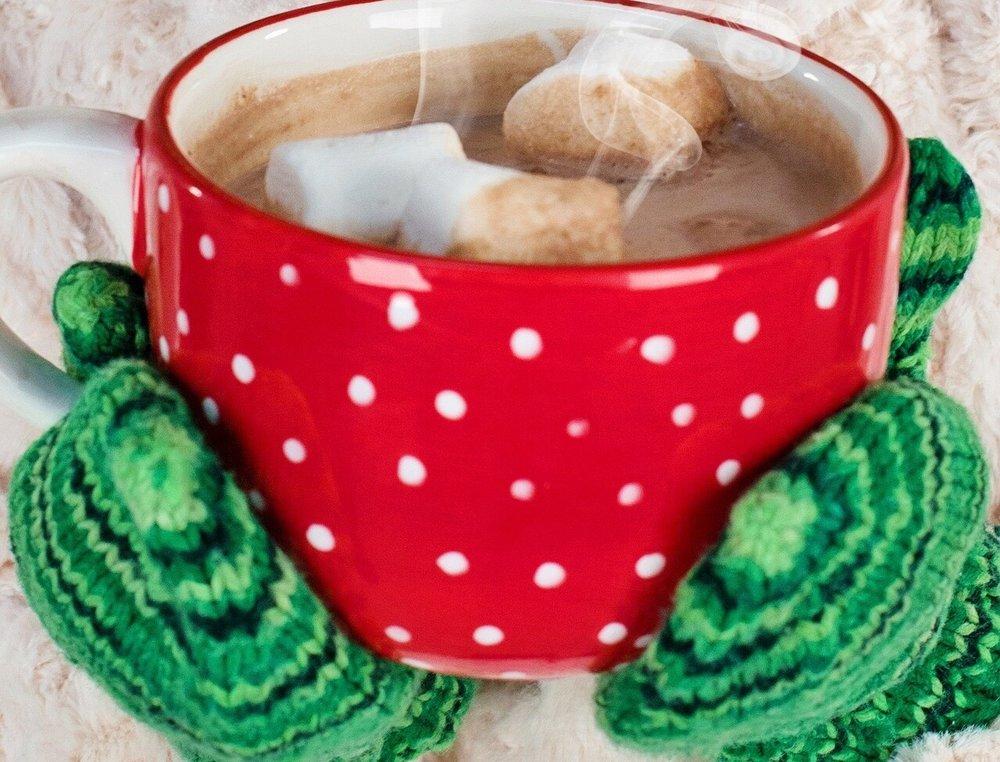 God morgen kakao til medelever   Lag masse kaffe eller kakao - Stå ved inngangen til skolen og spre glede en kald morgen!
