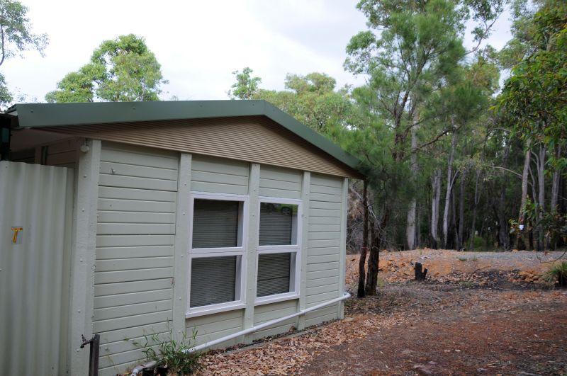 Cottage 3.jpg