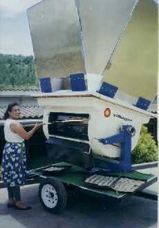 fri women oven.jpg