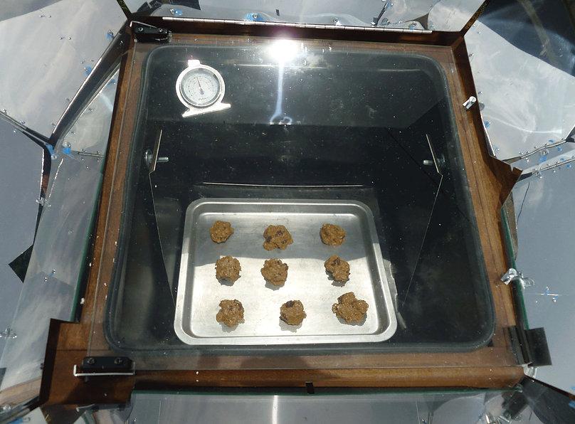 food in solar oven - 4 solar oven .jpg