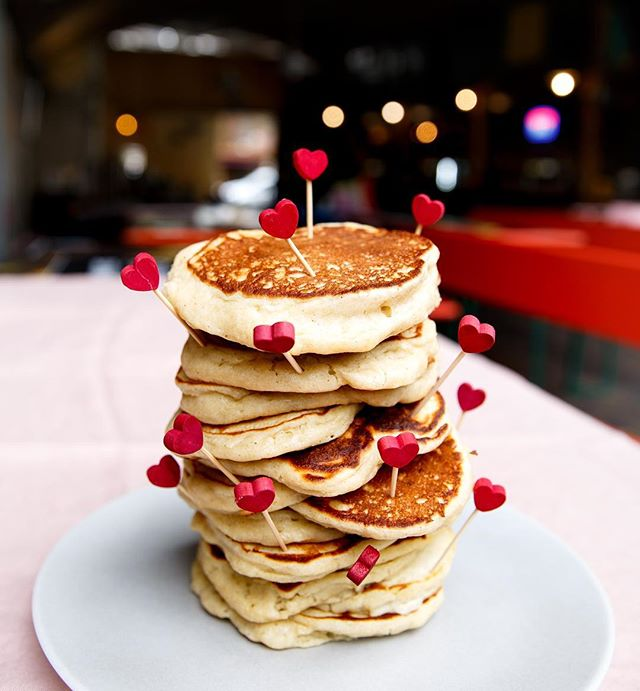 Currently subject to photographing a lot of LOVE and PANCAKES in the run up to V-day and Shrove Tuesday. Surely life doesn't get any better than this?! . . . #packakeday2019 #shrovetuesday2019 #pancakes #foodporn #foodphotography #foodphotographer #foodstylist #workinginfood #foodstyling #valentinesday2019