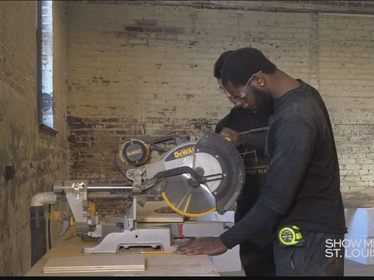 News Channel 5 - Show Me St. Louis - From ex-felons to furniture makers