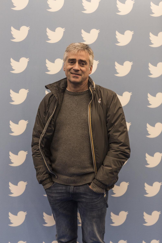 cesare ferrari fotografo twitter italia milano vip
