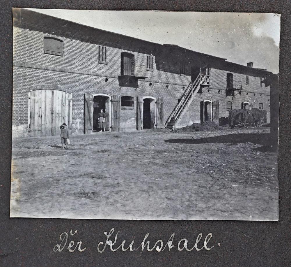 Der Kuhstall  DSC00034.jpg