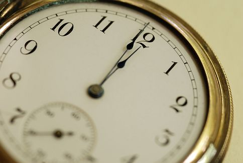 3C No 2 Clock Watcher Twitter.jpg