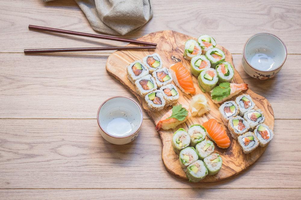 Doki-Sushi Restauration à emporter et en livraison de sushi, préparer sur place à la commande avec des produits frais.[Suite]