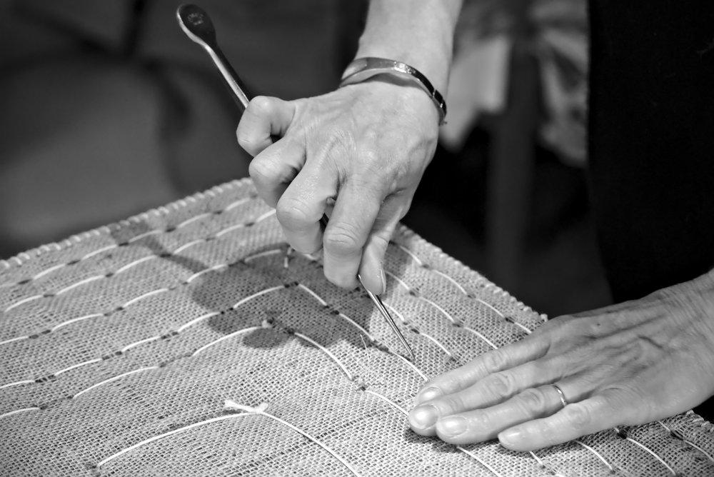 Les petits métiers - sabine guillaud, artisan tapissier