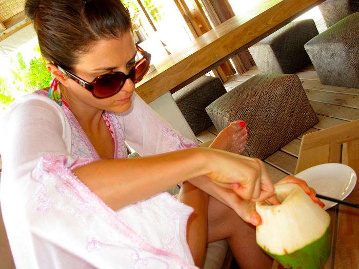 Cocoa Island Coconut