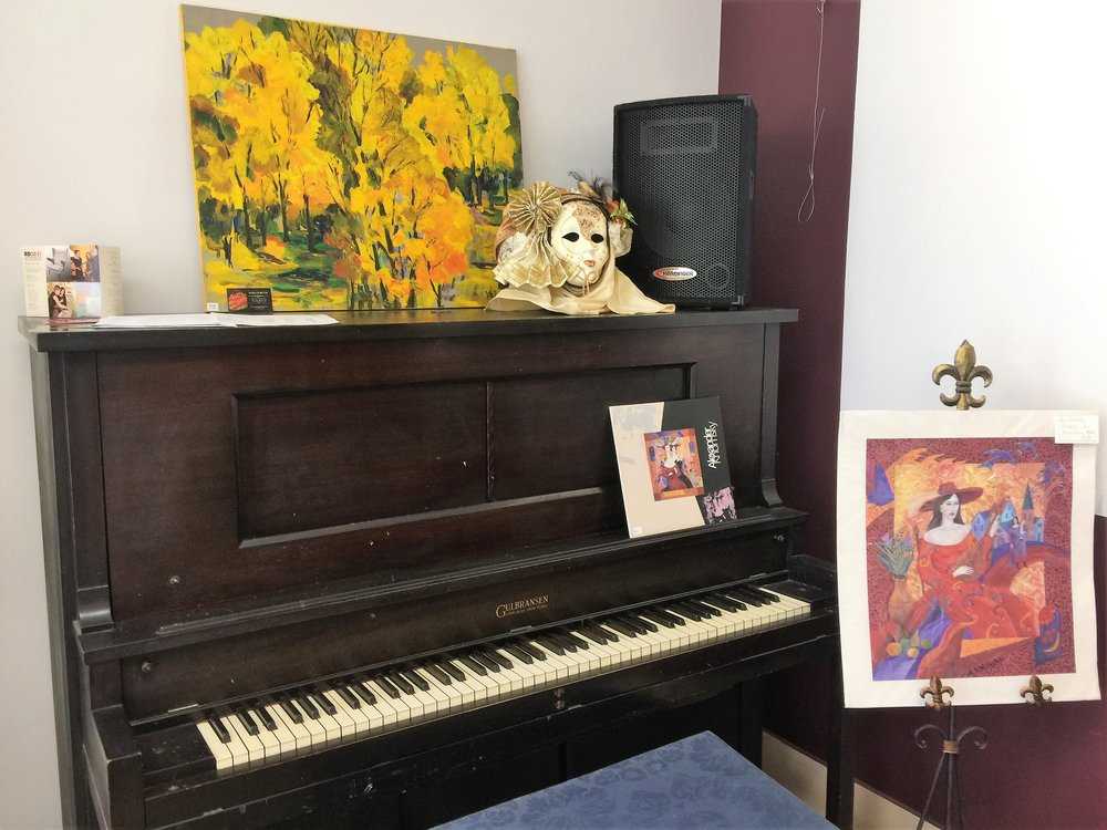 Piano located in the gallery