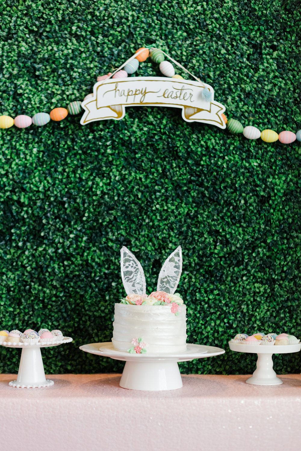 Entertain in style with fresh ideas for your spring Easter party!