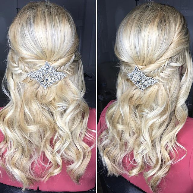 Hair love for this bridal trial by @beautyasylum_charlotte @danaraiabridal . . . #beautyasylum #beautyasylum_dana #atlantaweddingmakeup #atlantawedding #atlantabride #newnanmakeupartist #newnanmakeup #newnanbride #newnanwedding #charlotteweddingmakeupartist #charlotteweddingmakeup #charlottewedding #charlottebride #charlestonwedding #charlestonbride #charlestonweddingmakeup #greenvillebride #greenvillewedding #greenvillemakeupartist #greenvilleweddingmakeup #weddingmakeup #bridemakeup