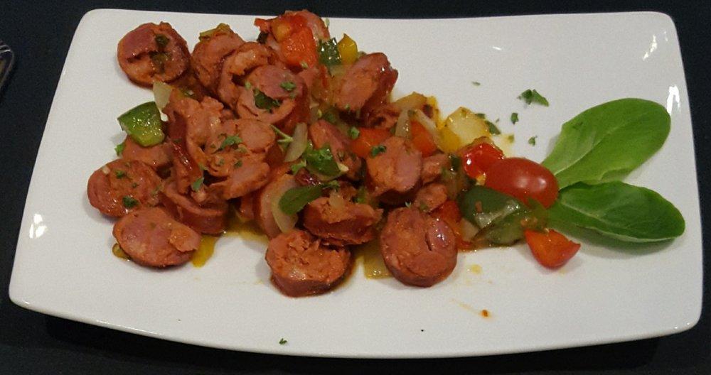 Picadinho/Sliced sausage