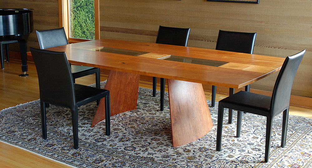 Akira Dining Table