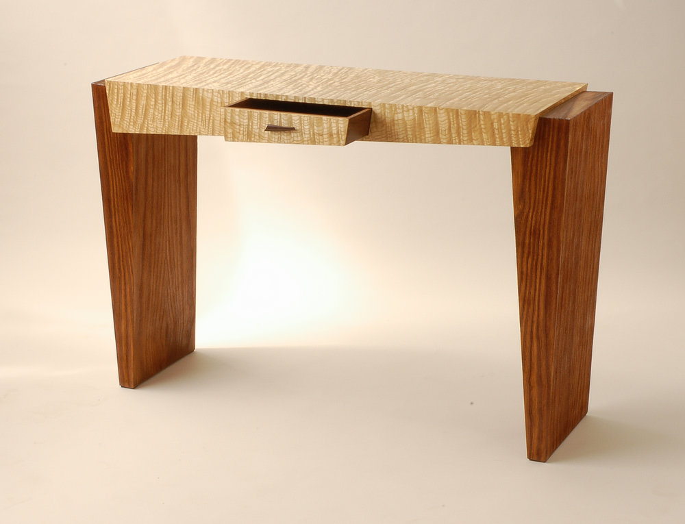 Kubista Hall Table