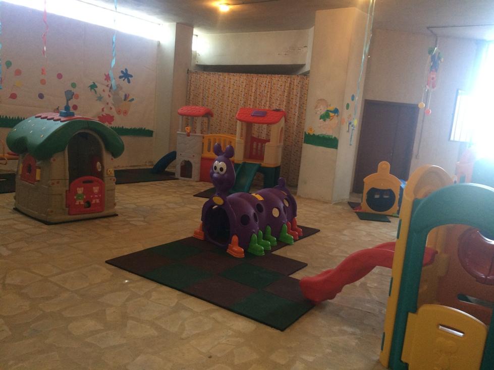 EOL 2018 - playground - B0870 Bkerzla 1.jpg