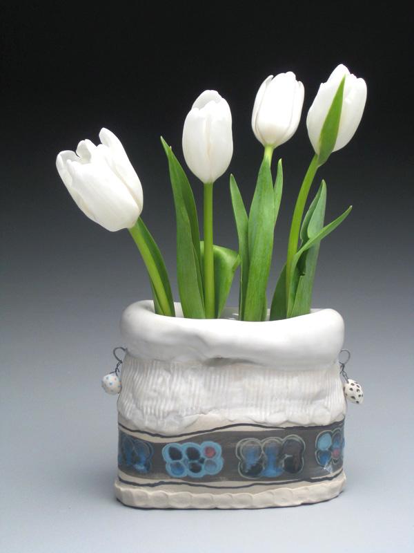 winter vase.jpg