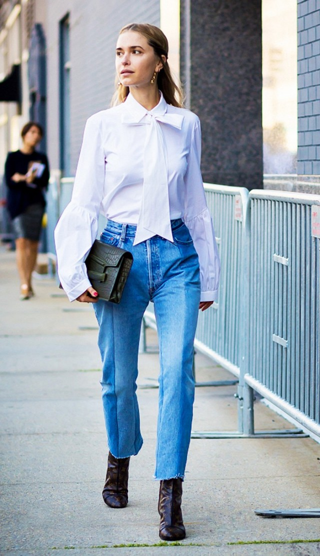 bow-blouse-cropped-jeans-and-booties-frayed-denim-hemlines-hems-mom-jeans-work-outfits-night-out-giong-out-style-du-monde.jpg