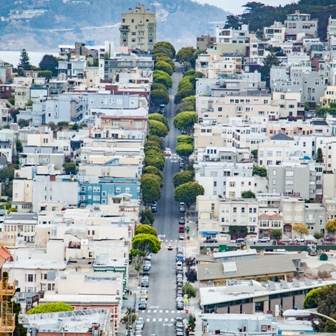 Taken of Lombard Street in San Francisco, from Michal Ciurej's road trip @michal88_c