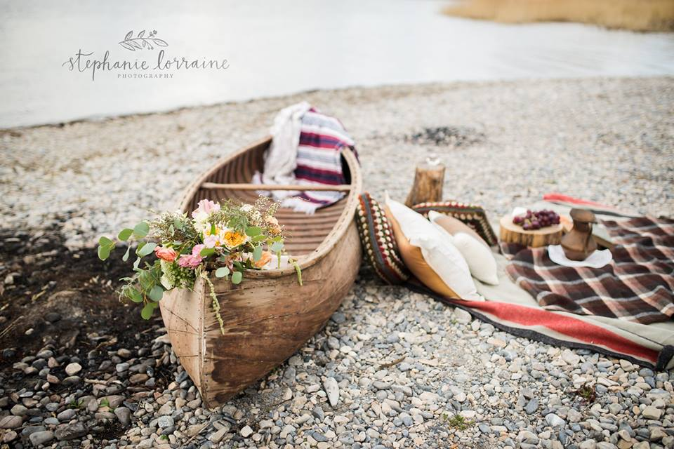 $75.00 Primitive Canoe is perfect for your engagement session and picnic, or could be used for display at your event.