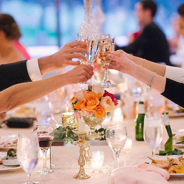 Cheers to the freakin' weekend friends!!! You made it through another week!! We have been working hard this week on some amazing events...now, it's time to play hard!!!! What are your weekend plans?? Venue: @talegaweddings  Photography: @jamiebphotos  Floral Design: @lynnelucentefloraldesigns  Linens: @luxe_linen  Design & Planning: @poshitivelyperfectevents