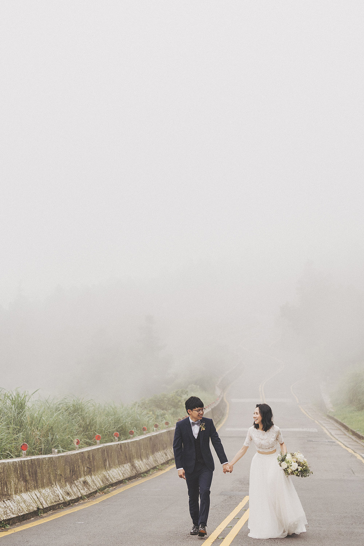 婚紗拍攝,婚紗攝影,PURE婚紗,棚拍婚紗,文青風,陽明山,中湖戰備道
