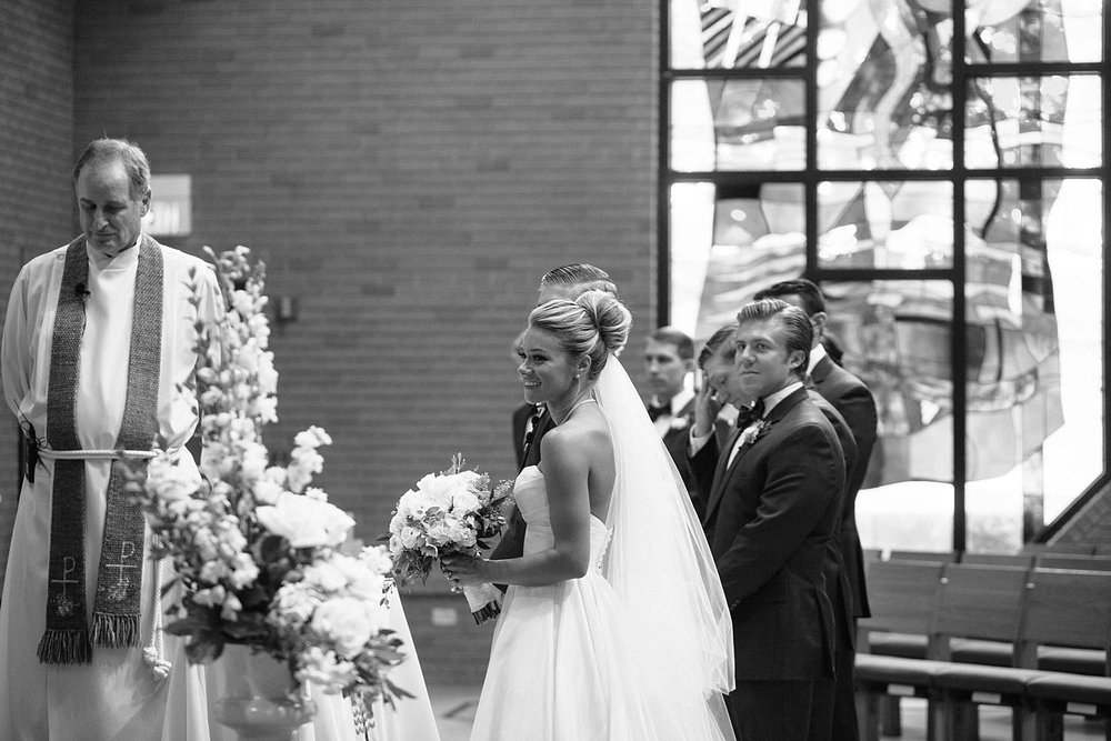 MinneapolisWeddingPhotographer_0519.jpg