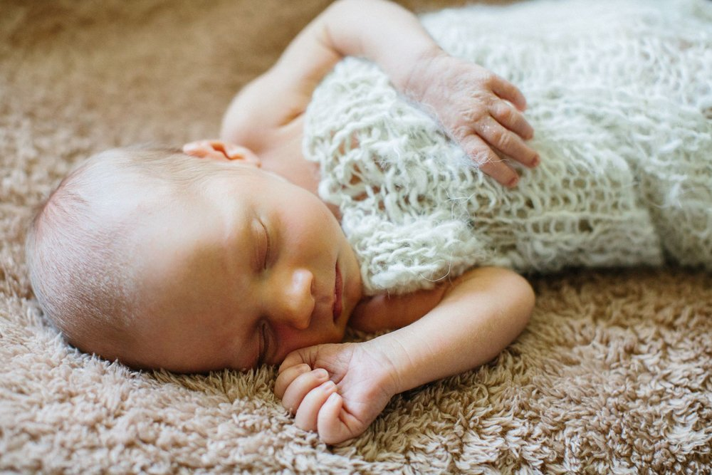 Newborn_Photo_Session_Blaine_Minnesota_1404.jpg