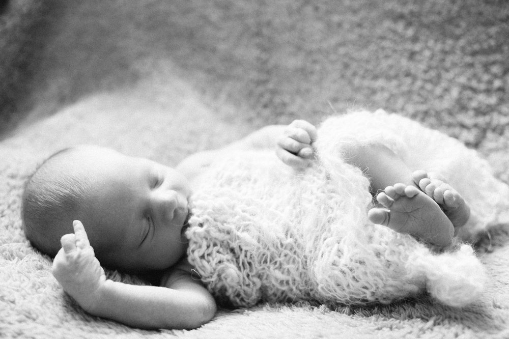 Newborn_Photo_Session_Blaine_Minnesota_1407.jpg