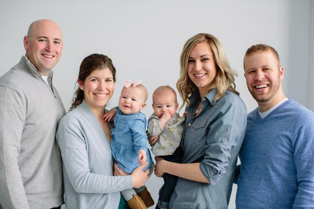 Indoor_Family_Photos_Multi_Generational_1425.jpg