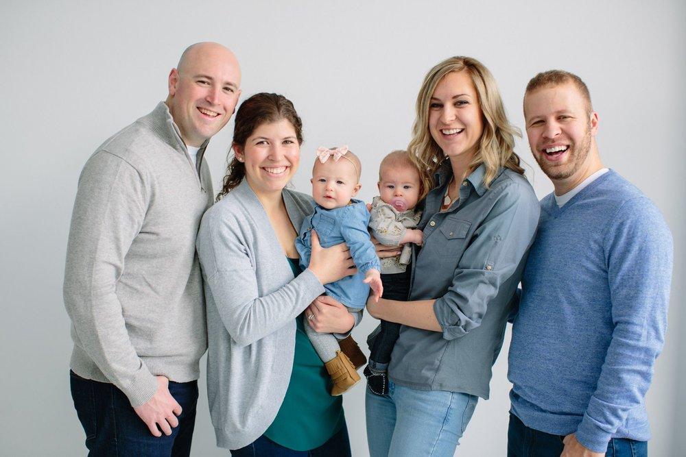 Indoor_Family_Photos_Multi_Generational_1426.jpg