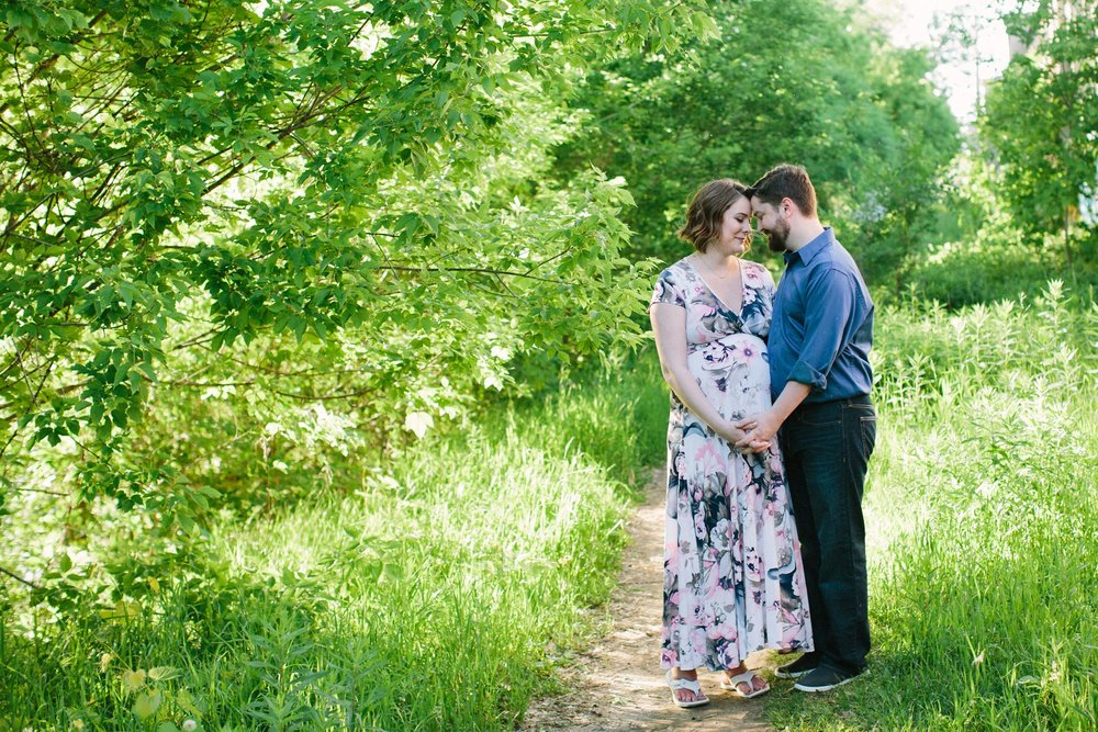 Minneapolis_Maternity_Photos_Boom_Island_1442.jpg