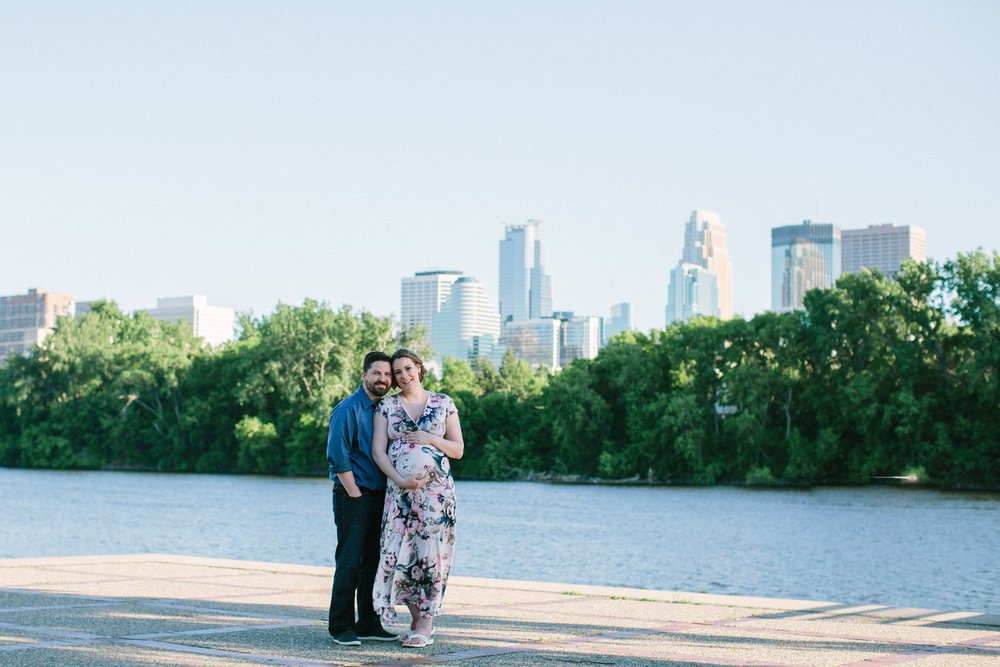 Minneapolis_Maternity_Photos_Boom_Island_1444.jpg