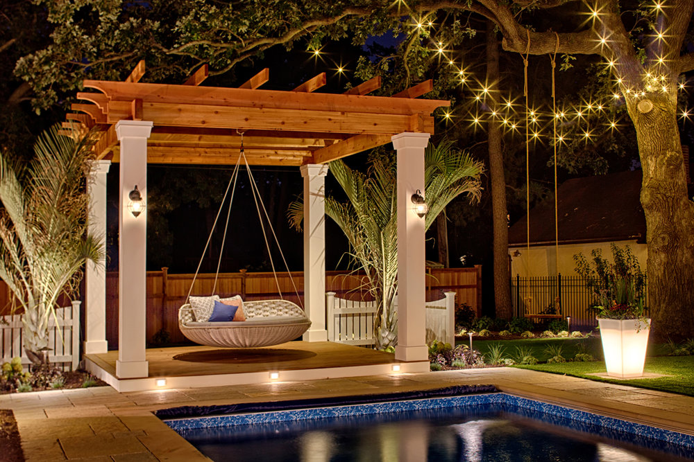 Moms Design Build - Poolside Swing Bed