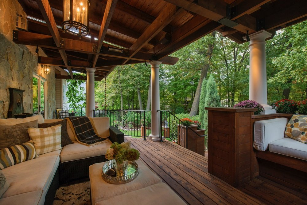 Mom's Design Build - Backyard Deck Built in Couch Lighting