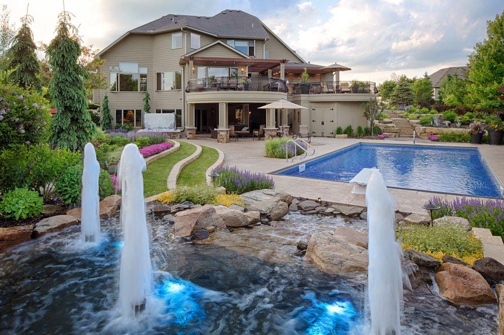 Moms Design Build - Backyard Pool Water Feature Design Custom Build