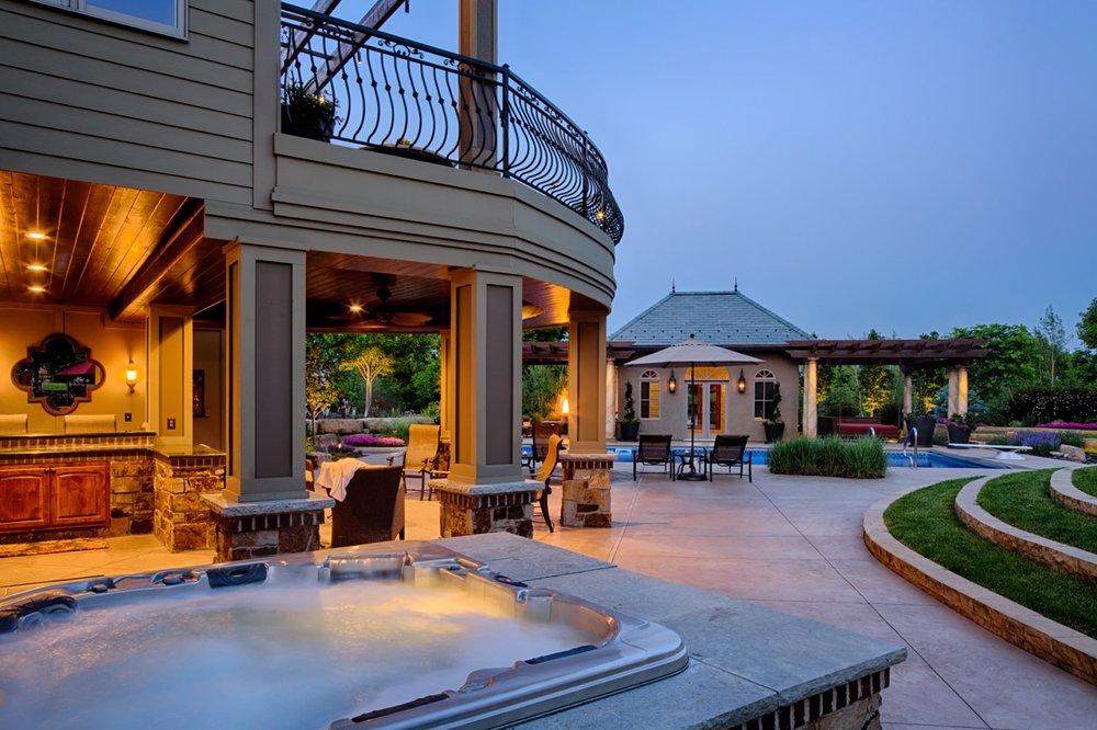 Moms Design Build - Custom Hot Tub Landscape Design
