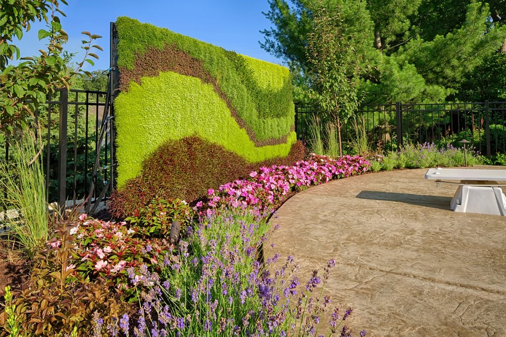 Moms Design Build - Living Wall Poolside Diving Board Landscaping