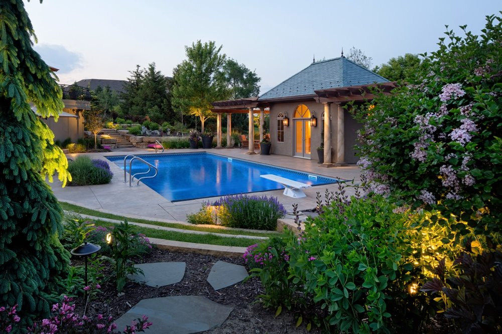 Moms Design Build - Custom Pool Landscaping