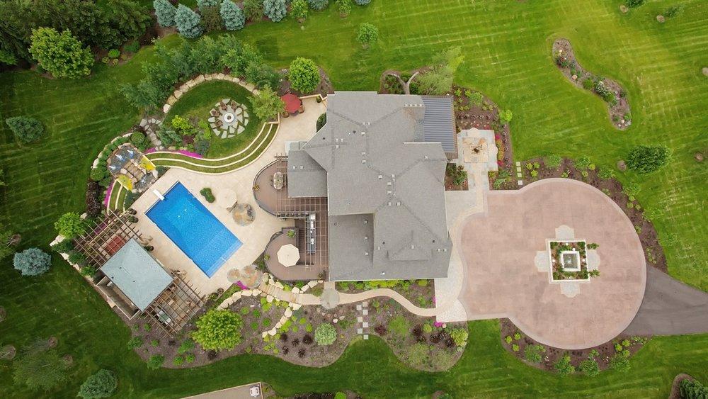 Moms Design Build -Full Yard Landscape Design