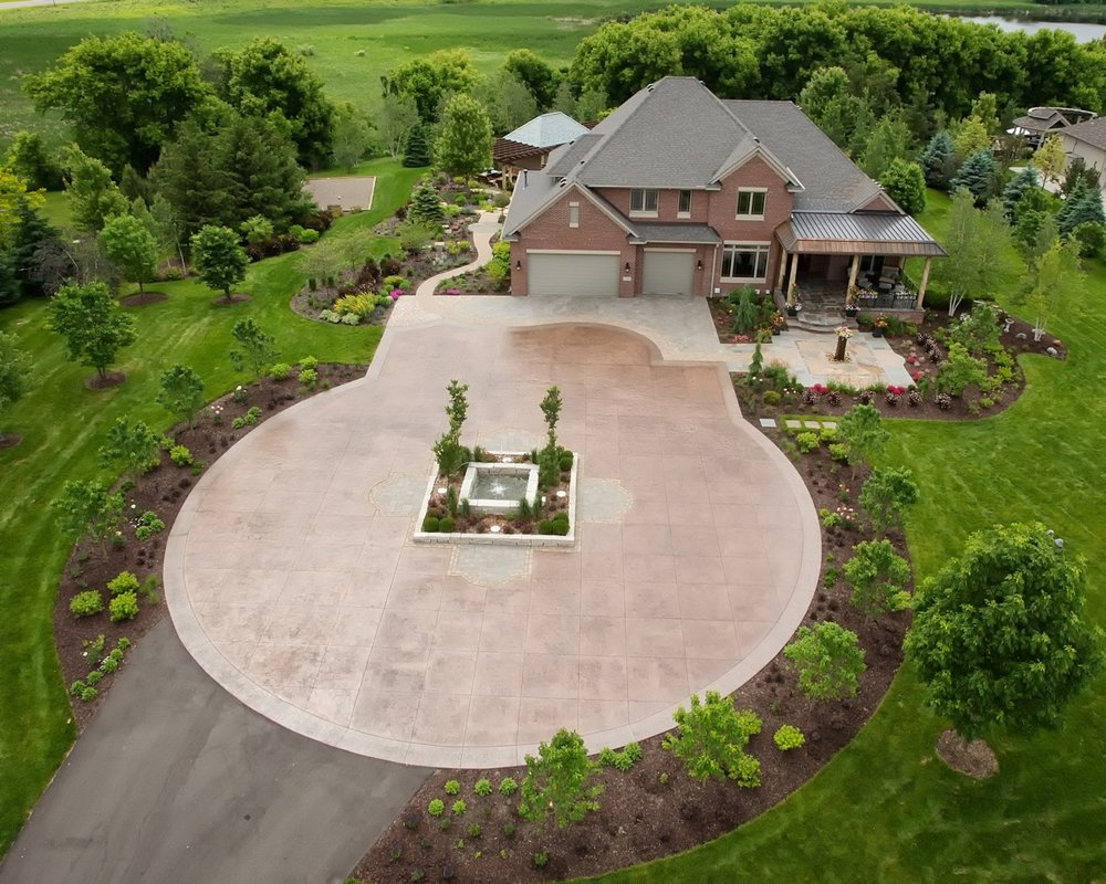Moms Design Build - Custom Driveway Design Home Development