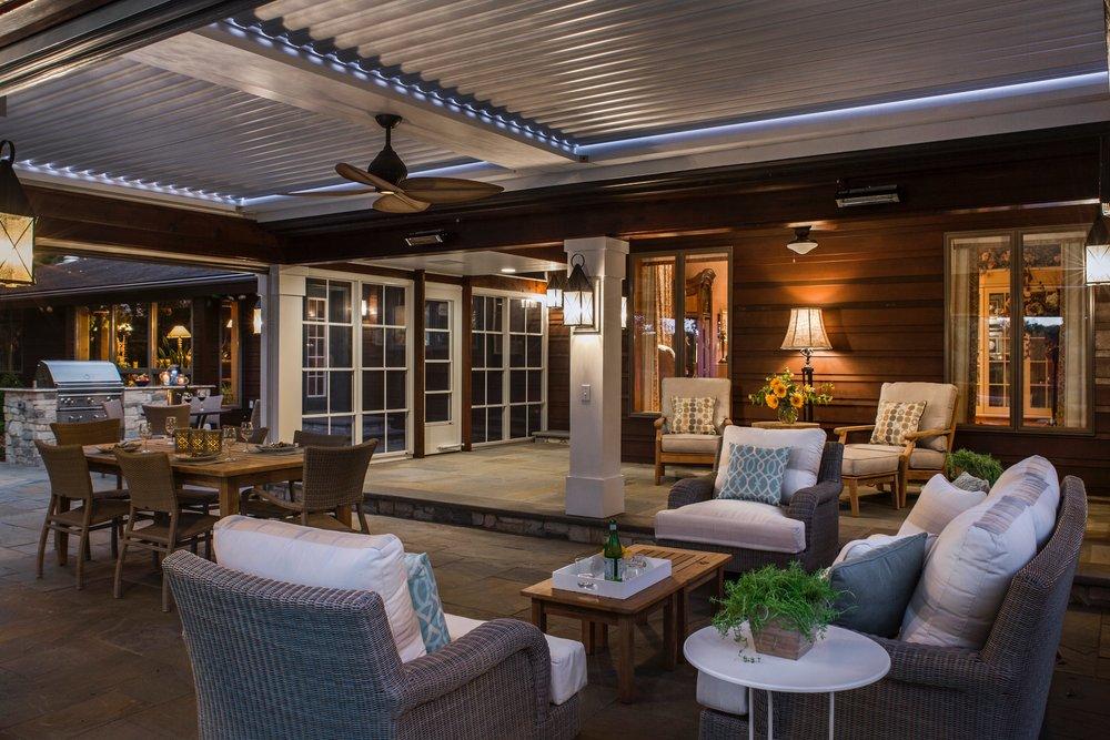 Mom's Design Build - Outdoor Living Room construction
