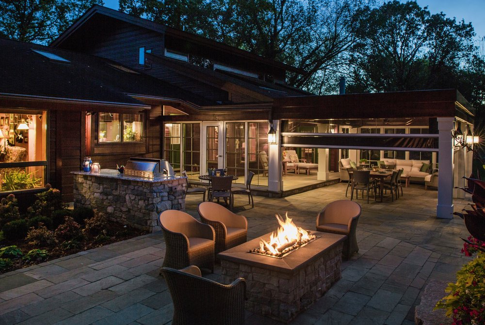 Mom's Design Build - Natural Gas Fire Table outdoor living