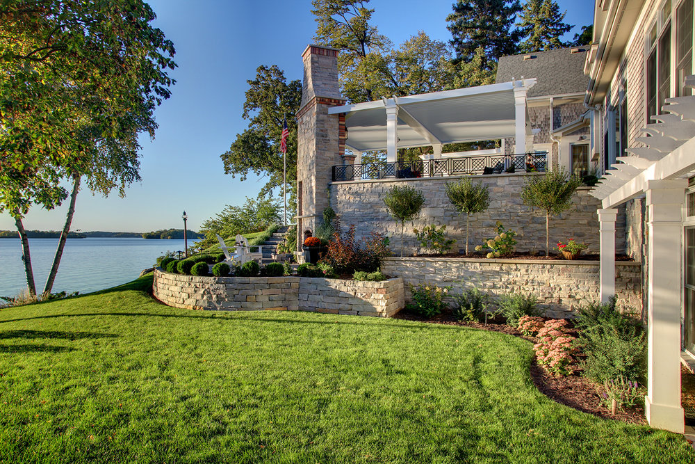 Mom's Design Build - Lake Minnetonka backyard landscape retaining wall