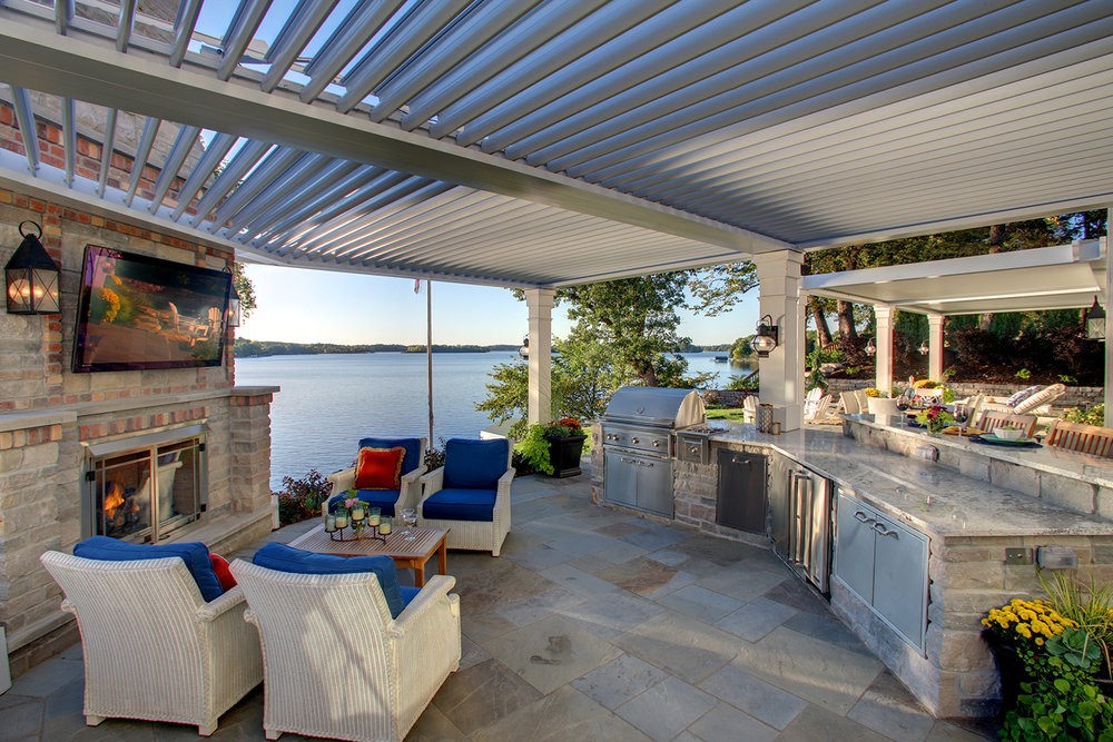 Mom's Design Build - Lake Minnetonka outdoor bar kitchen TV