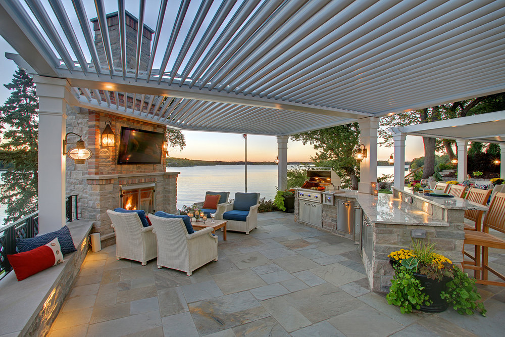 Mom's Design Build - Lake Minnetonka indoor outdoor kitchen system design