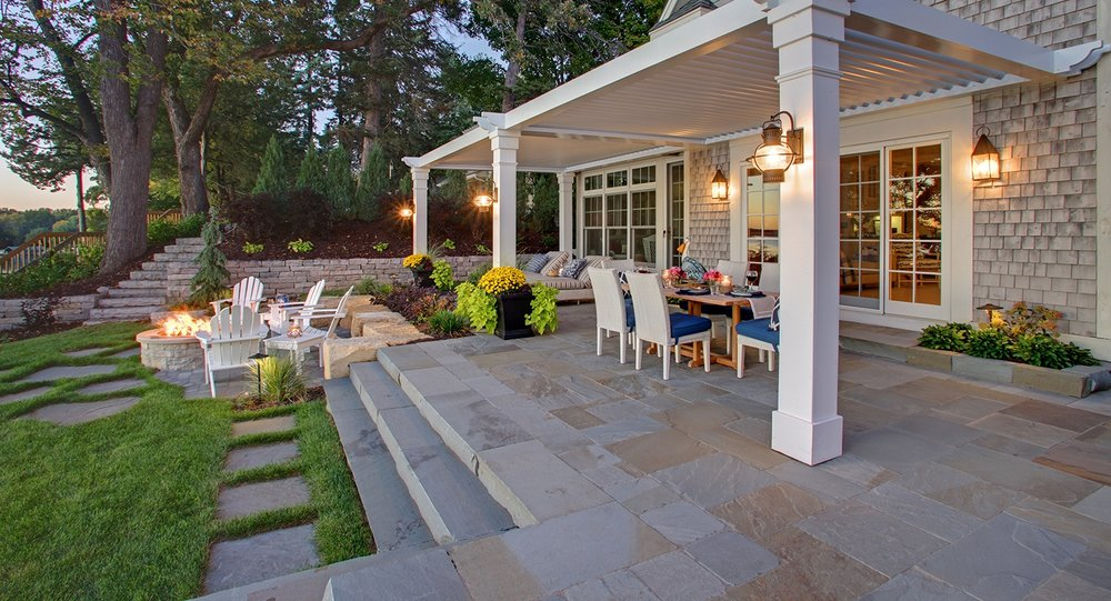 Mom's Design Build - Lake Minnetonka backyard patio landscape