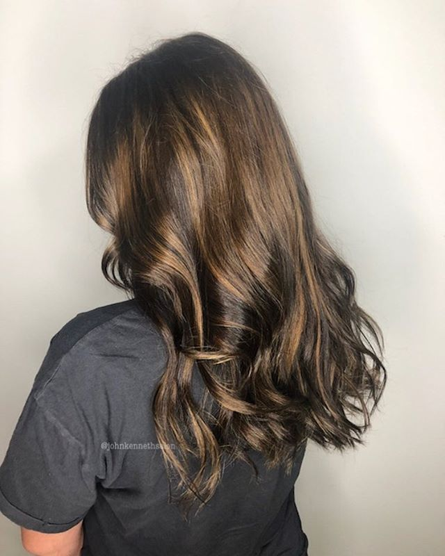 Subtle balayage by stylist Ayla ✨ . . #licensedtocreate #hairstyles #haircolor #hairoftheday #imallaboutdahair #behindthechair #yeg #yegstylist #sprucegrovehair #modernsalon  #sombre #balayagedandpainted #braidsandbalayage #shadowroot