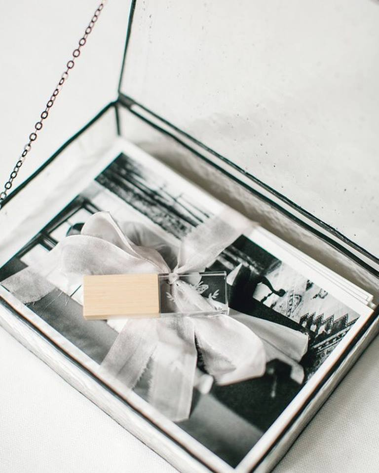 creative branding ideas for photographers | la rousse glass photo boxes
