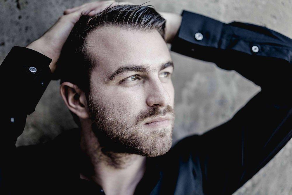 Daniel Gerzenberg - Pianist/Poet